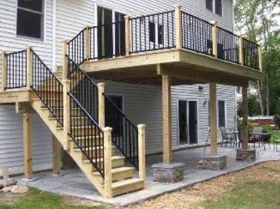 Deck Building with Aluminum Rails