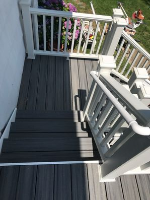 Before and After Deck Installation Using TREX COMPOSITE MATERIALS in Bethel, CT (4)